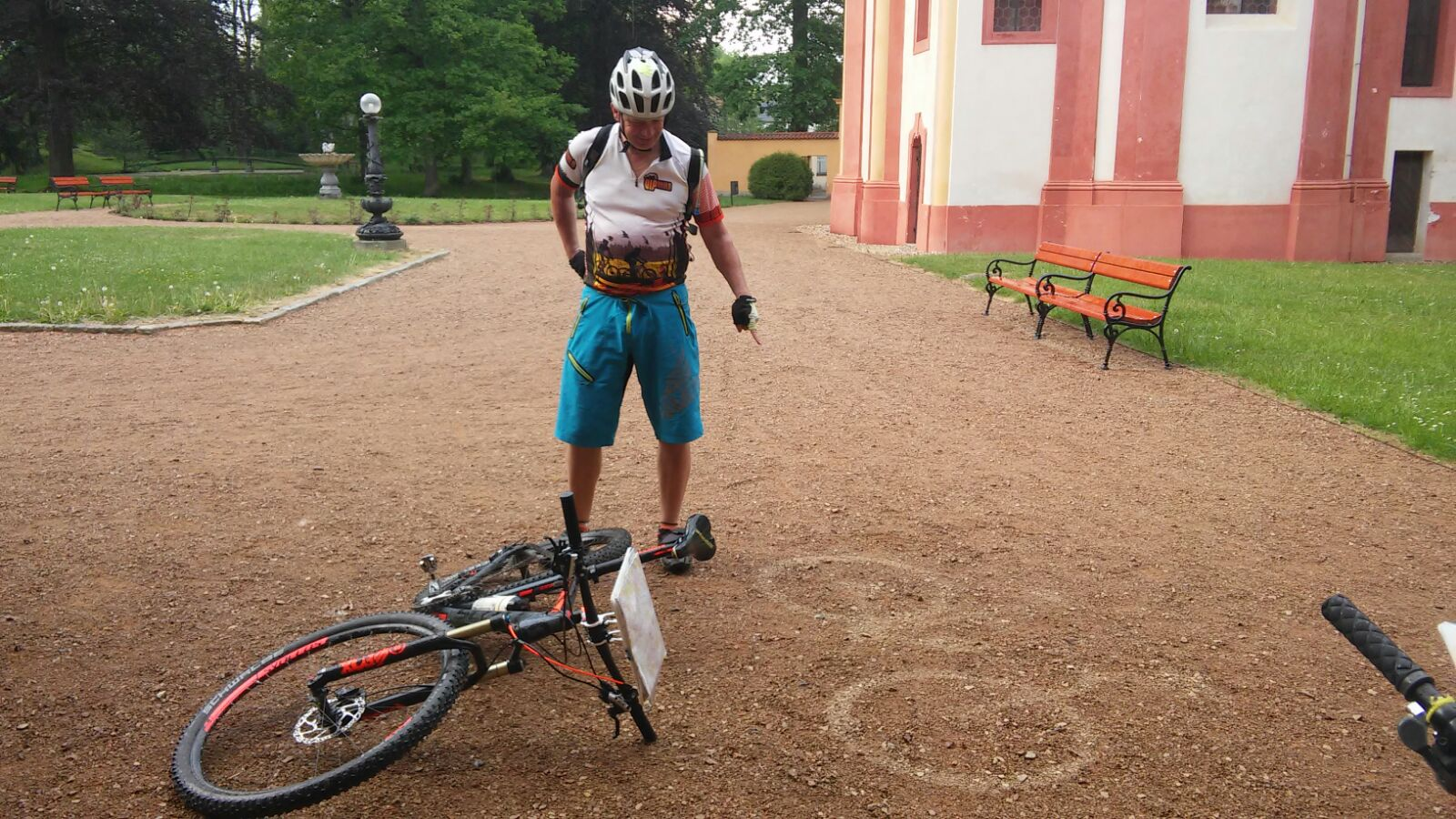 Duch Cimrmanova horského kola se zjevil!